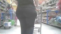 Candid Big Bubble Butt -  Voyeur Mature Ass