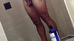 Caminhoneiro no banho