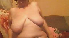 Gisele 74 yo belle salope aux gros seins