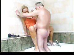 SB2 Granddaughter Gives Grandpa A Bath And A Fuck !
