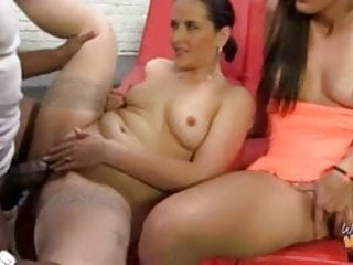 Black dude Shane Diesel fucks white mom and not her daughter