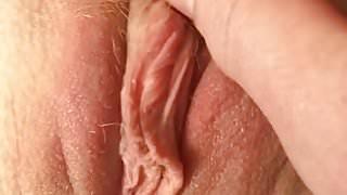 My hot tintingirl tease pussy play