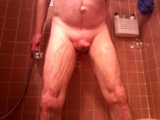hands-free-cum-shower-oops-pics