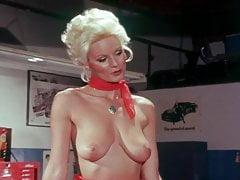 Snow Honeys (1983)'s Thumb