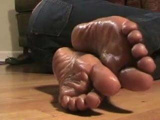 ebony Oiled Feet