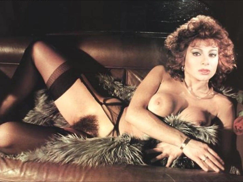 душ стал голые актрисы в ретро фильмах меня держали, третий