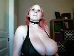 Huge Curvy Webcam Girl