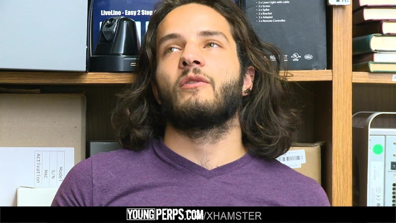 YoungPerps – Good-looking guard fucks fortunate long-haired dude
