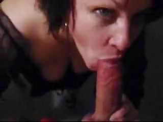 Download video bokep Ex girlfriends mom suck my dick Mp4 terbaru