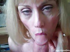 Awesome Cougar Sex Fun