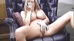 Busty amateur Tera playing her pussy with favorite toy's Thumb