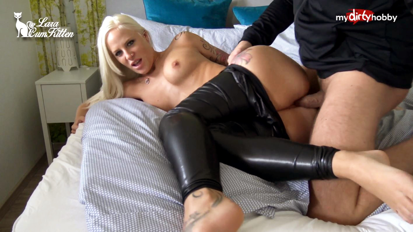 Indeed Sexy girl fucked in leather clothing share