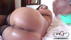 Big wet ass Leoni Lockhart takes a BBC