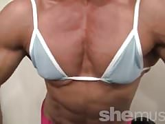 Sexy female bodybuilder her muscles are just hot Thumbnail
