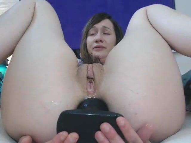 Sammysable huge butt plug masturbation