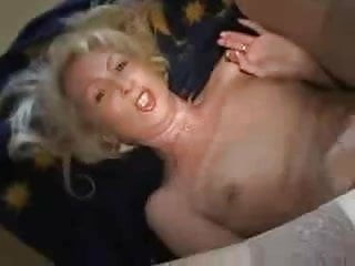 German Milf PUTZE gets fucked and talks extrem dirtyCSp