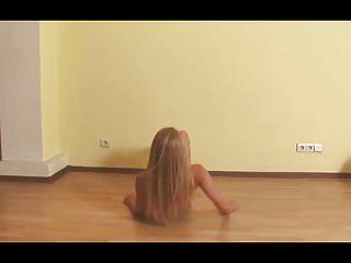 Sexy E.Euro Dancer