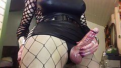 Hot sexy mature big cock shemale tranny big cumshot on cam.