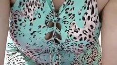 Coroa Casada rabuda na webcam