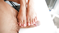 Foot Fetish Queen Cherry Kiss knows how to charm her prince