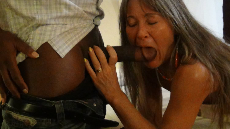 Download Free Milf Leilani Lei Meets Big Max Porn Video