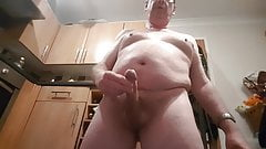 Jerking out a BIG load for LYNN