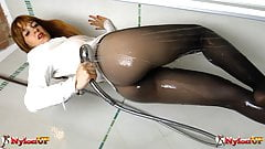 Redhead Irina Vega in Pantyhose masturbates in the shower