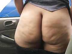 Big black ass twerk naked outside!