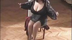 One classic BBW-Goddess