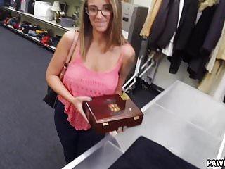 Busty Layla London Wants to Pawn Cuban cigars - XXX Pawn