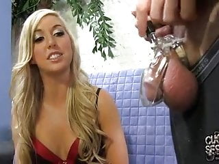 Slutty wife gets a creampie in front of husband