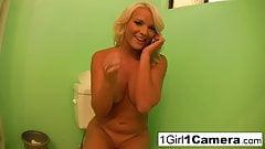 Veronika Raquel is really horny