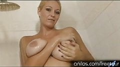 Showing off her giant tits hot mom fucks herself