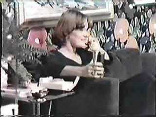 1995 adult contemporary album of roses - Lesbian album english dub