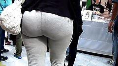 Bigg Booty in Gray Sweats!!