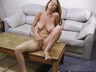 Sweet chick Lilliana is playing her vagina hole