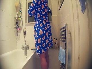 spy cam in bathroom 6