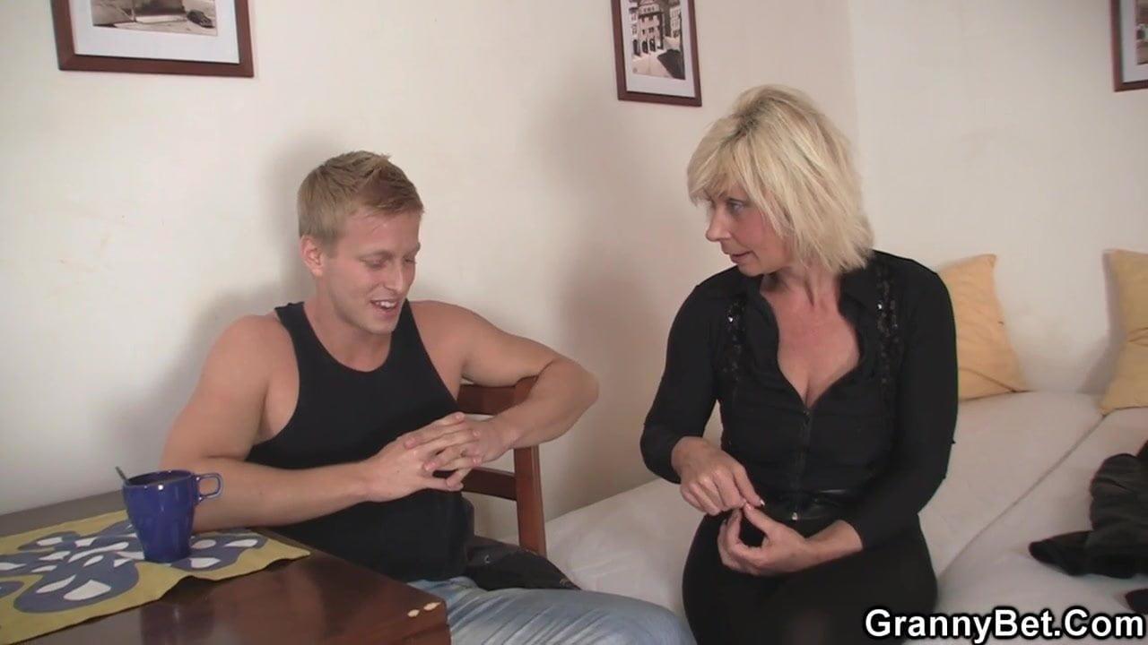 секс с тетками тубе - 4