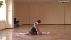 Super flexible Tonya making gymnasts positions