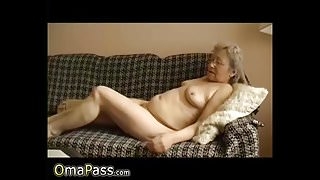 OmaPasS Homemade Grandma Sex Toys Expeience Video