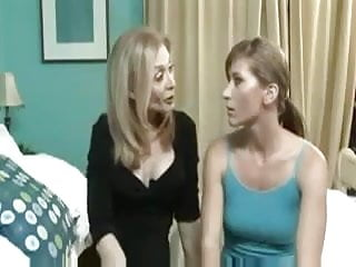 Milf stepdaughter - Stepmom and not her stepdaughter with strapon