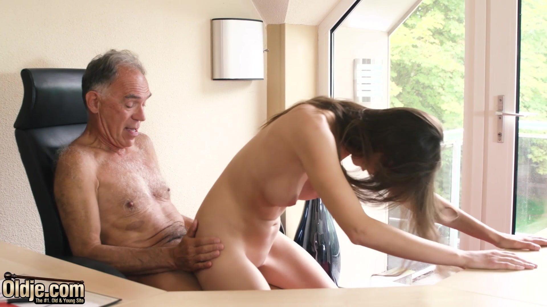 Adult Pix HQ Danica patrick nude photo pics naked