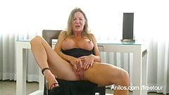 Amber Michaels sex filmer og videoer