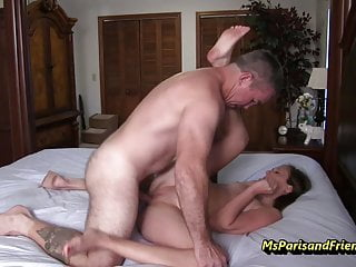 Download video bokep She Doesn't Mind Sloppy 2nds Mp4 terbaru