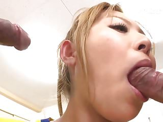 Cheerleader Yui Aoyama Fuck in Locker Room (Uncensored JAV)