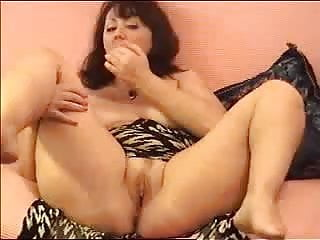 Mature woman webcam chat