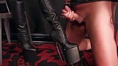 Femdomlady boots licker and cumshot