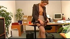 German Secretary Indulges Her Bosses Pantyhose Sex's Thumb