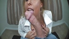 Sexy milf Stacie Starr suck cock