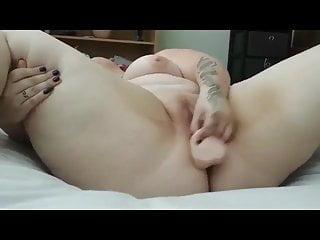 Horny Fat BBW masturbating her delicious shaven Pussy